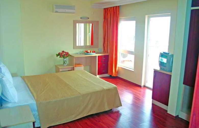 Lara Dinc Hotel - Room - 2