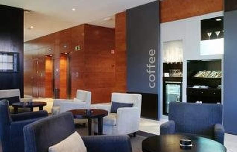 Exe Cuenca - Hotel - 4