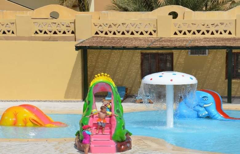 Three Corners Rihana Resort - Pool - 18