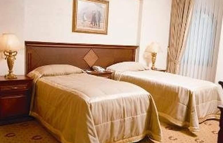 Doga Residence - Room - 4