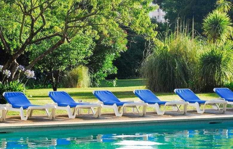 Lisbon Marriott - Pool - 16