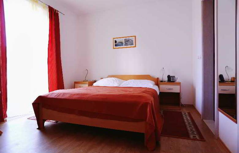 Pervanovo Apartments - Room - 34