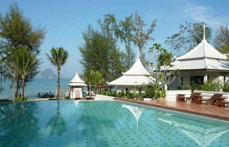 Anyavee Tubkaek Beach Resort - Pool - 8