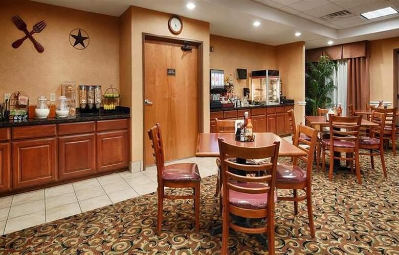 Best Western Plus San Antonio East Inn & Suites - Restaurant - 123