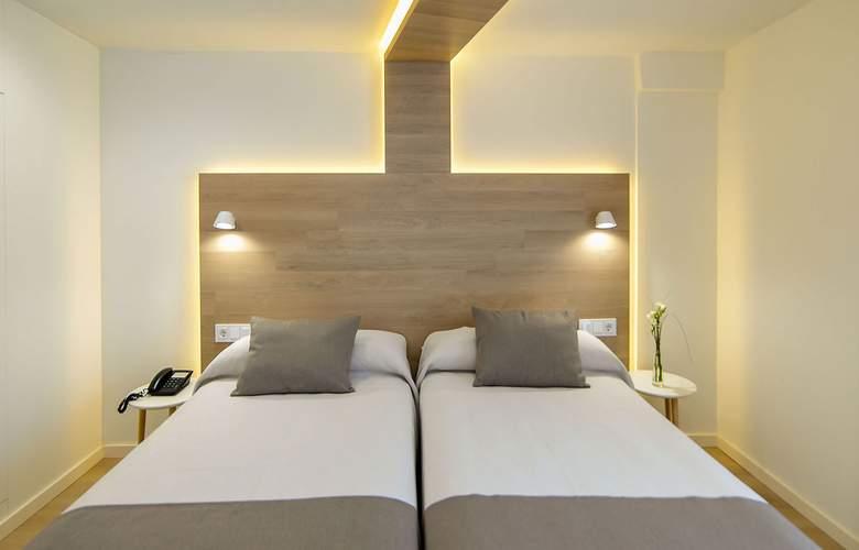 Carlos I - Room - 7