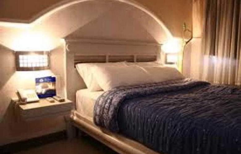 Tri-Place Hotel Quezon - Room - 9