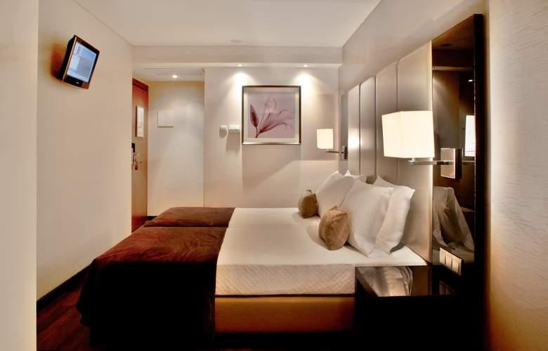 Turim Luxe - Room - 14