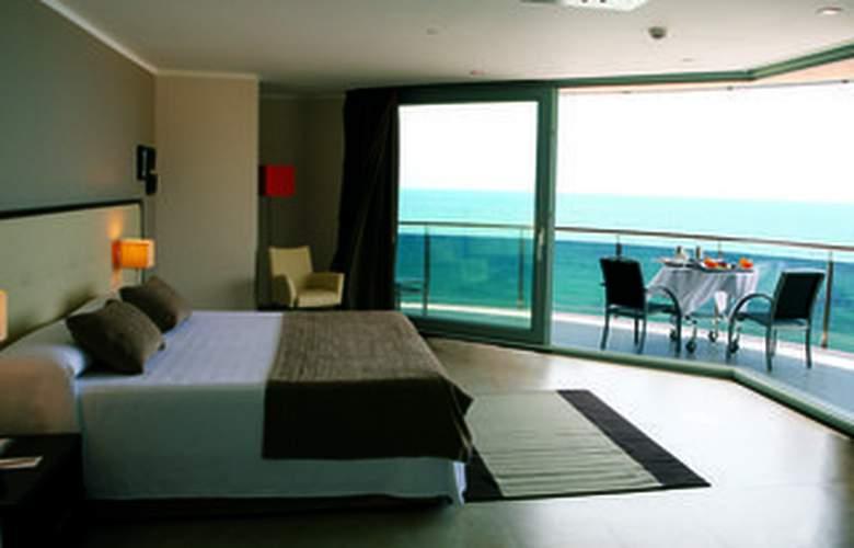 Gran Hotel Sol y Mar - Room - 5