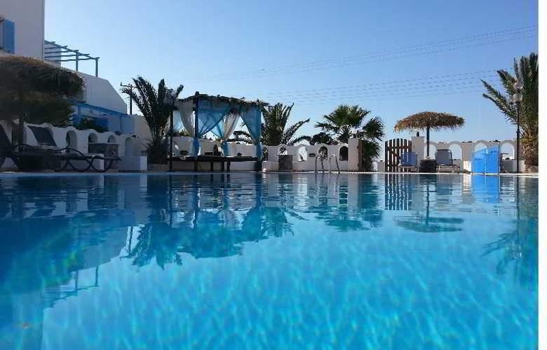 Pension Livadaros - Pool - 2