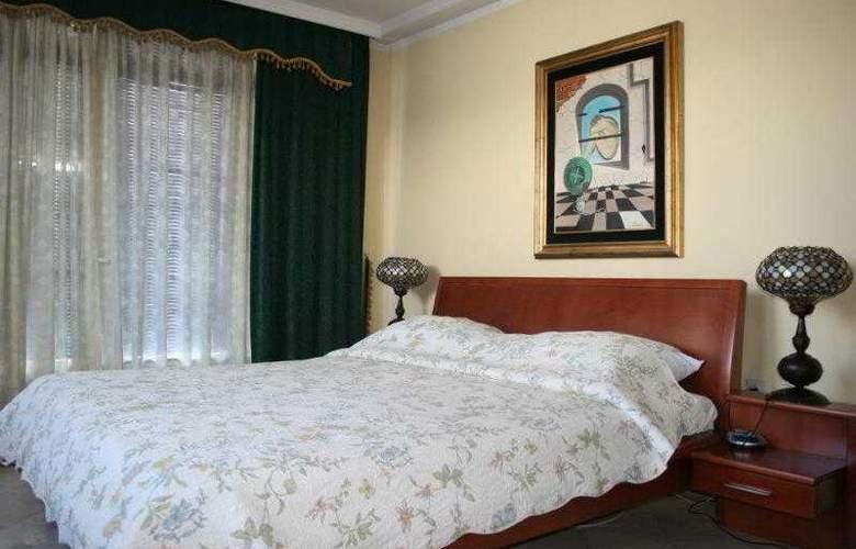 Bojatours Lux Podgorica - Room - 8