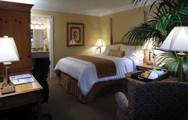Best Western Plus El Rancho - Hotel - 17