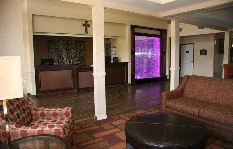 Best Western Plus Lubbock Windsor Inn - Hotel - 3