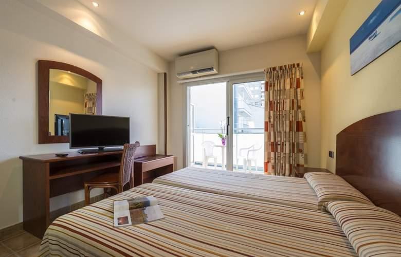 4R Miramar Calafell - Room - 2