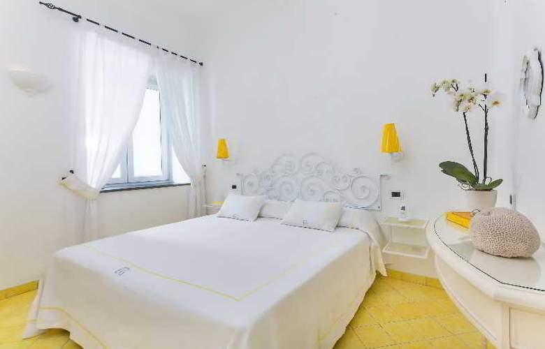 Relais Maresca - Room - 12
