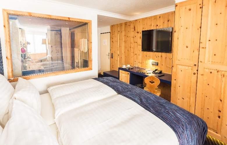 San Gian - Room - 9