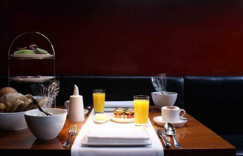 The Hotel - Restaurant - 20
