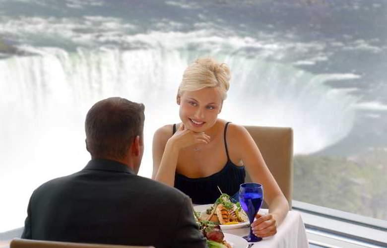 Hilton Hotel & Suites Niagara Falls/Fallsview - Restaurant - 27