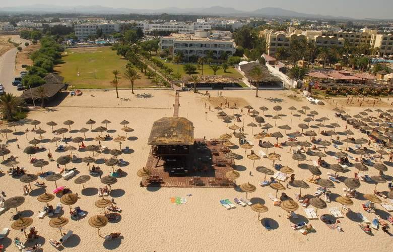 SplashWorld Venus Beach - Beach - 5