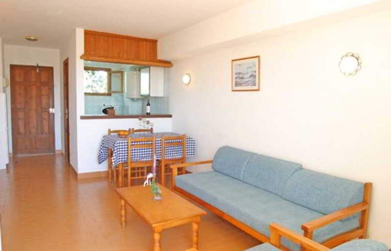 Sureda - Room - 10