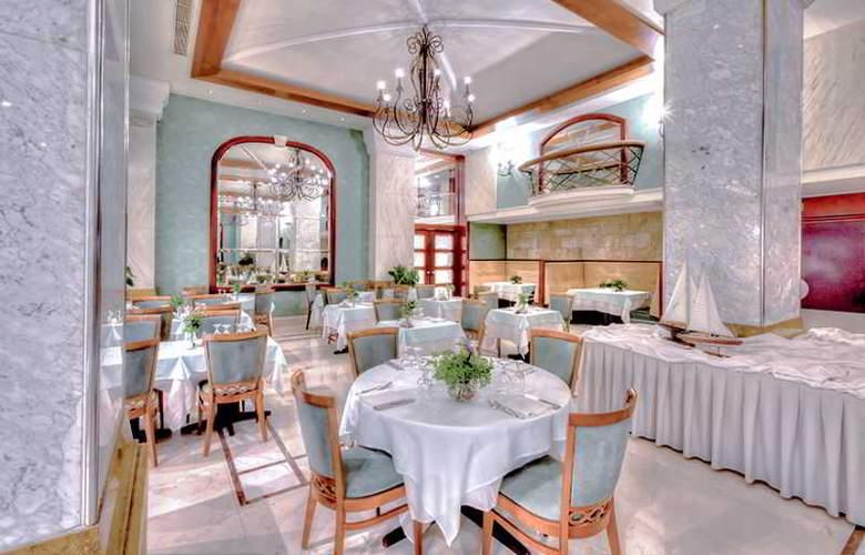 Mediterranean Hotel - Restaurant - 7