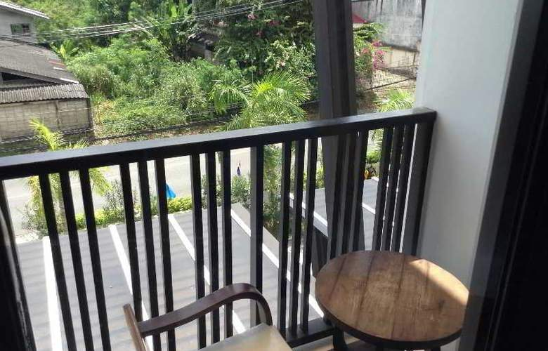 Dee Andaman Hotel Pool Bar - Terrace - 5