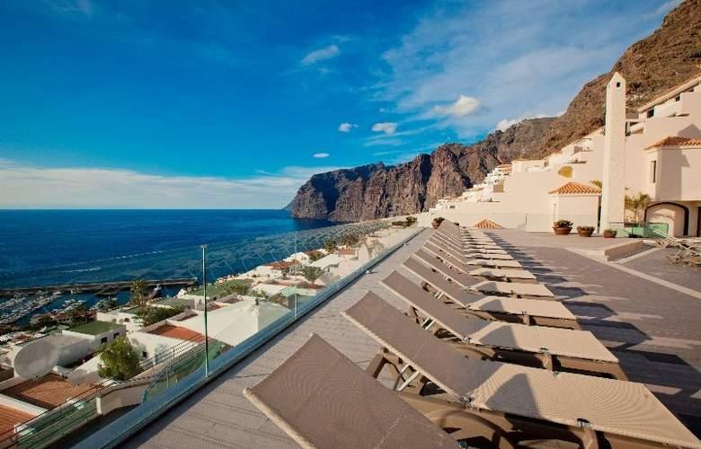 Royal Sun Resort - Terrace - 30