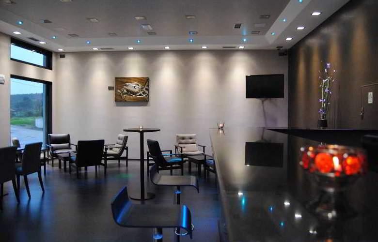 Vale Grande Hotel - Bar - 16