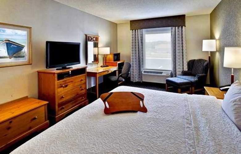 Hampton Inn Seekonk - Hotel - 1