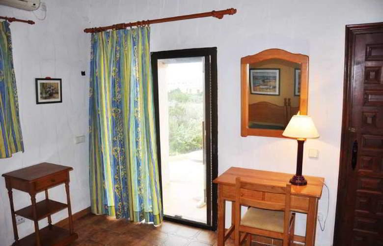Club Punta Prima - Room - 2