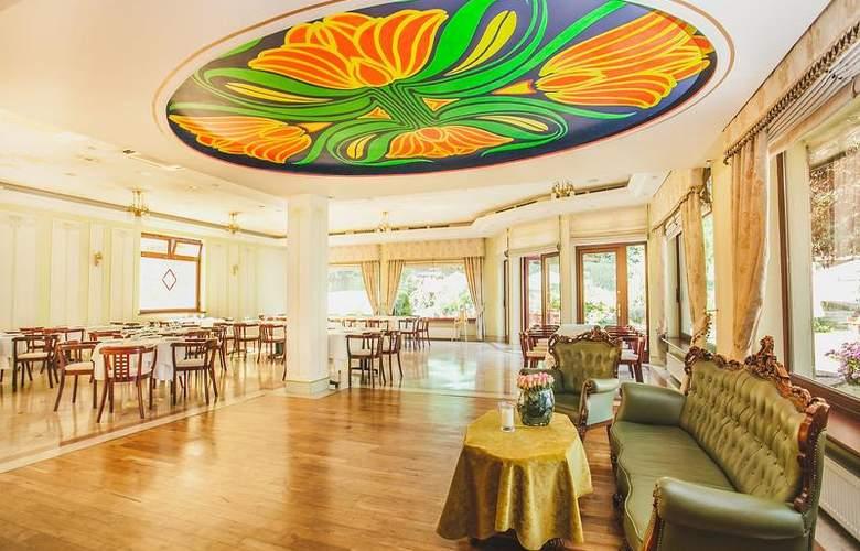 Villa Eva - Restaurant - 43