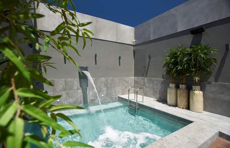 PortoBay Marques - Pool - 3