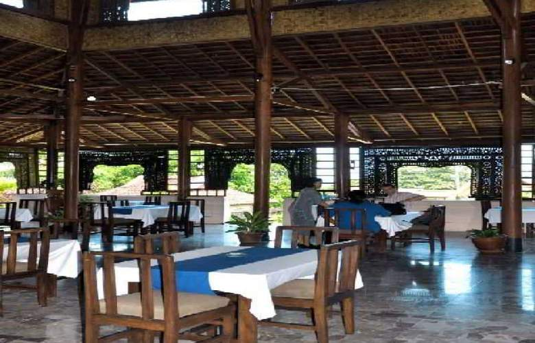 Puri Bunga Resort & Spa - Restaurant - 18