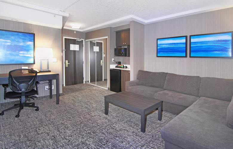 Holiday Inn Express Hotel & Suites Calgary - Room - 12