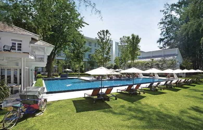 Lone Pine Hotel Penang - Pool - 31