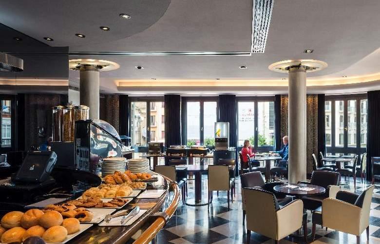 Room Mate Larios - Restaurant - 14