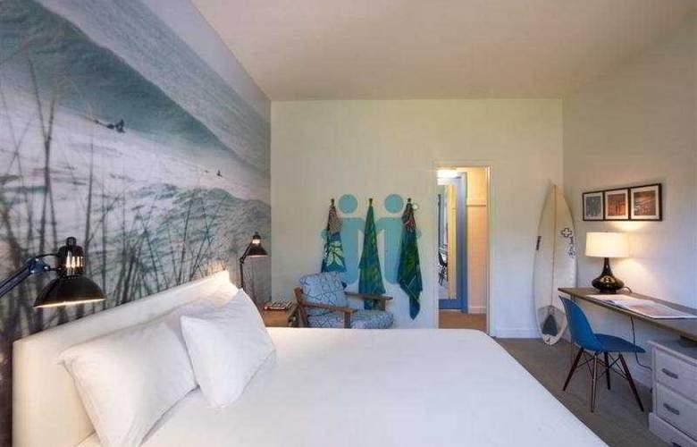 Postcard Inn on the Beach - Room - 5