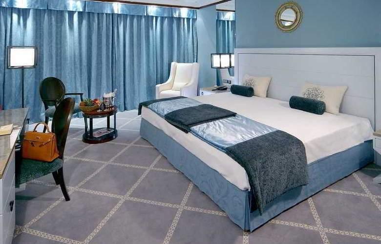 Grande Real Villa Italia - Room - 3
