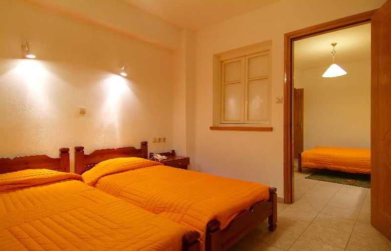 Orfeas Hotel - Room - 4