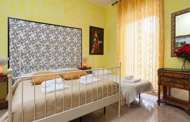 Sicilia Suite Bed And Breakfast - Room - 13