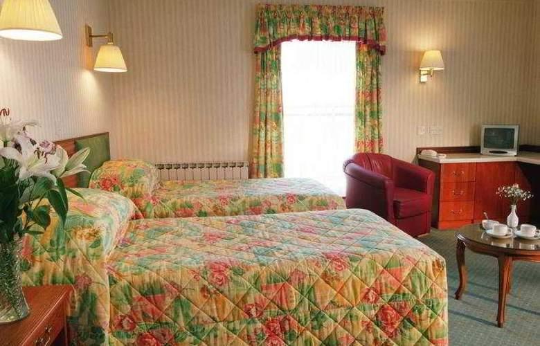 The Monterey - Room - 5