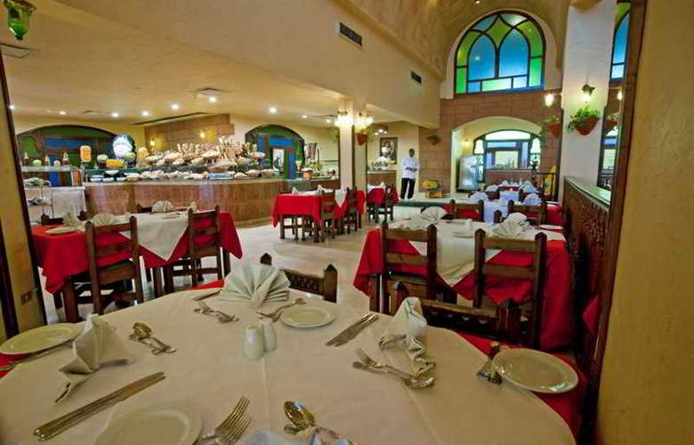 Sunny Days Palma De Mirette - Restaurant - 2