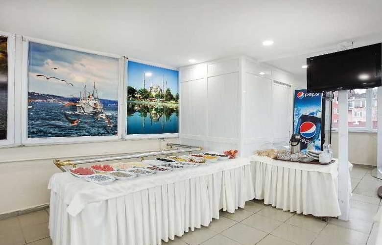 Casa Mia Hotel - Restaurant - 22