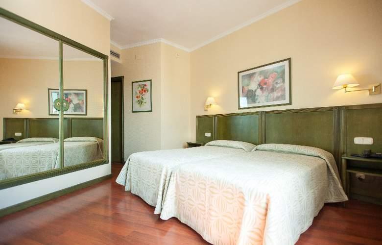 America Sevilla - Room - 6
