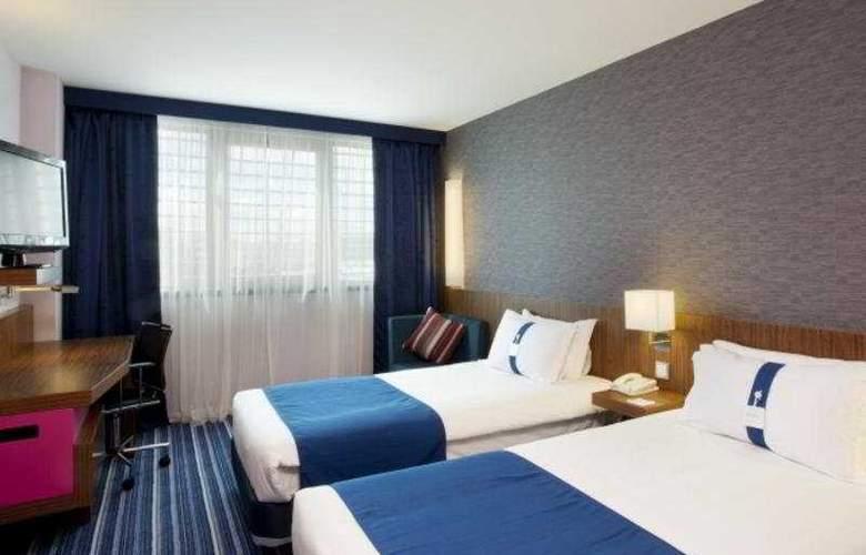 Holiday Inn Express Lisbon Airport - Room - 5
