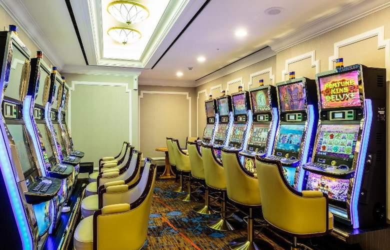 T.H.E Hotel & Vegas Casino Jeju - Sport - 17
