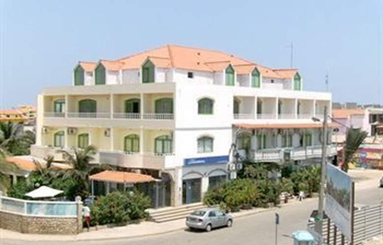 Pensao Nha Terra - Hotel - 0