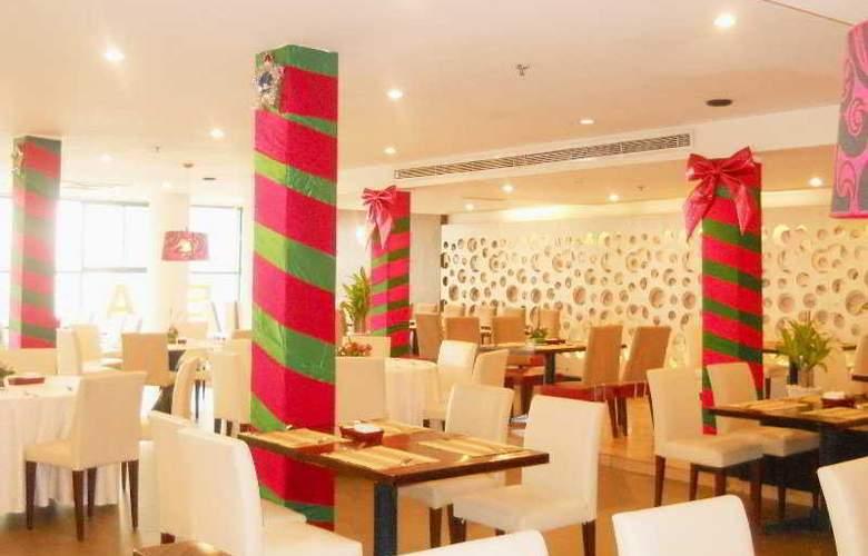 Palace Hotel Saigon - Restaurant - 9