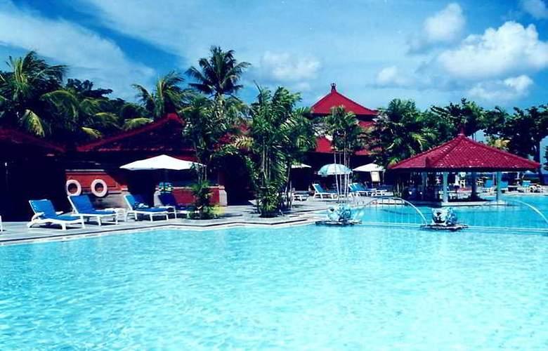 Inaya Putri Bali - Pool - 6