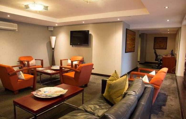 Premier Hotel ELICC - Hotel - 3