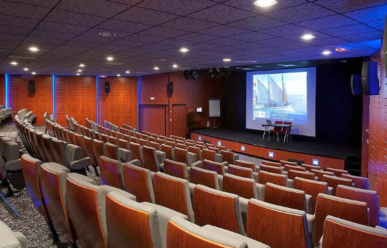 Mercure Quimper Centre - Conference - 2
